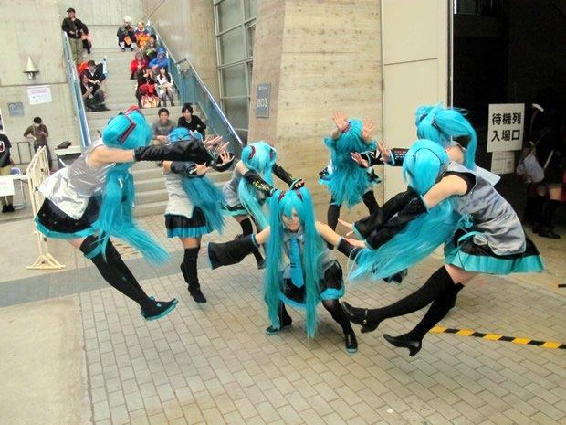 ミクさんたちのマカンコウサッポウ!!/2013年「ニコニコ超会議2」photo byKAI-YOU編集部