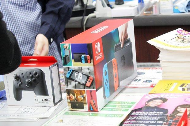 『Nintendo Switch』ゲオ北新宿店での発売の様子4