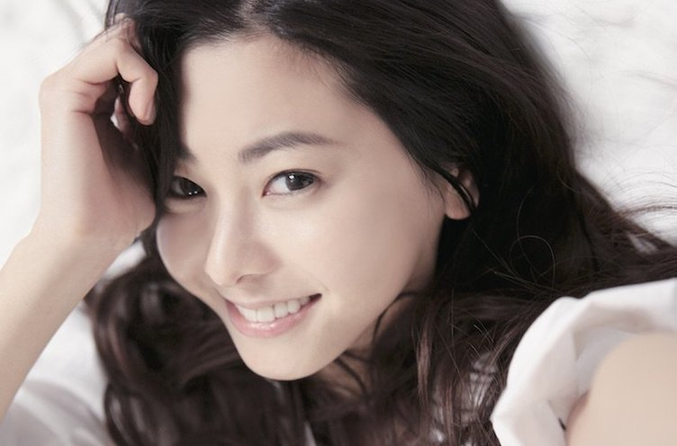 倉木麻衣、新曲は映画『名探偵コナン』主題歌!「毎日、蘭姉ちゃんと一緒に聴いてるよー♪」