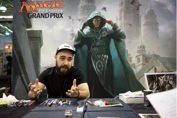 カードゲームのイラストはどのように生まれている? 『Magic』手がけるチリのアーティストが語る