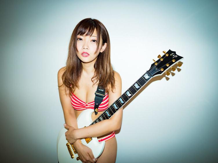 今一番歌って脱げる女 藤田恵名を知っているか? プラチナム移籍で加速宣言!