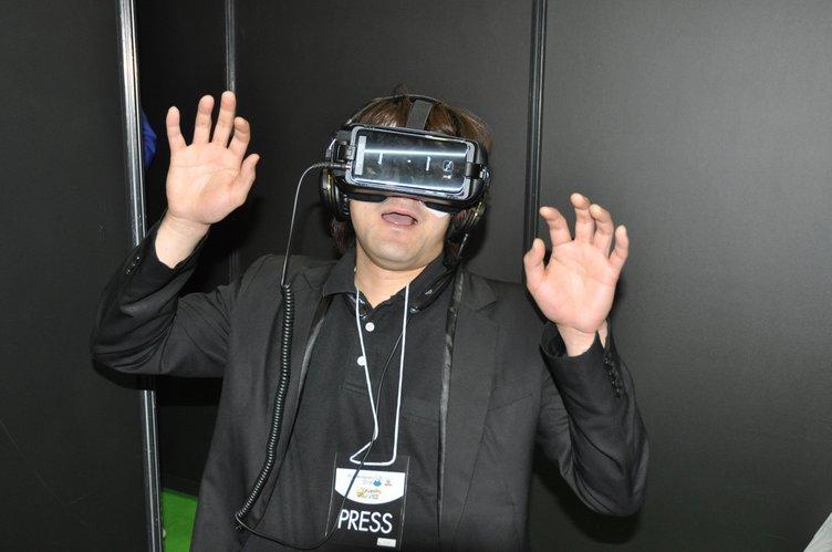 危険? だけど薦めたい 「声優VR」を絶対に体験すべき3つのワケ