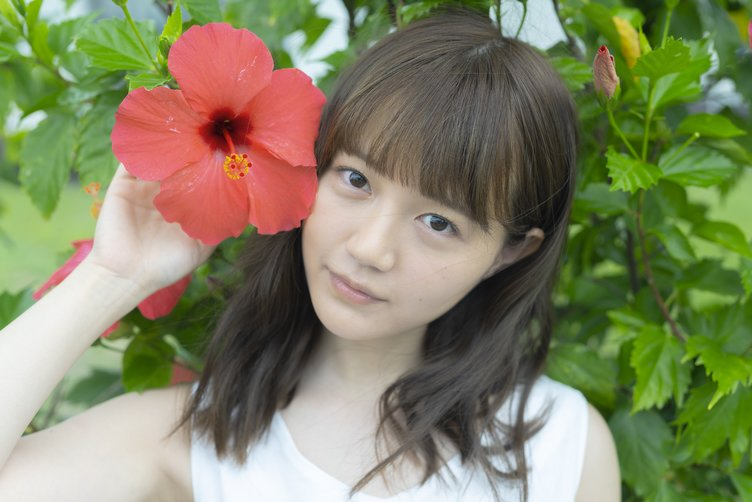 『けものフレンズ』サーバル役の尾崎由香、1st写真集&ソロCDデビュー