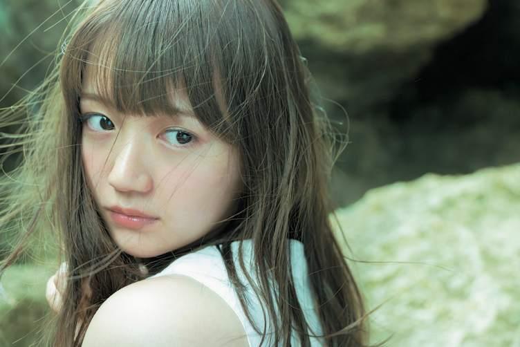 声優界随一の清楚系美少女 尾崎由香さん 1st写真集でピュアな初水着