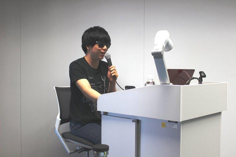 もこう、近畿大学オープンキャンパスに降臨 高校生にe-Sportsの未来を語る