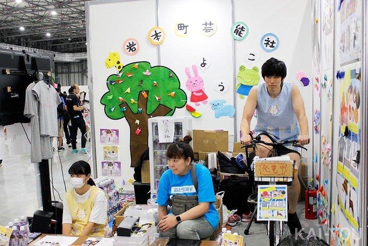 コミケでの大コケから2年…VRアイドル「えのぐ」の岩本町芸能社が語る未来