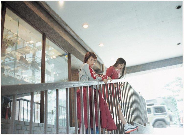 エビ中×渋谷×アートの異色写真集『SHIBUYA-KU』発売 記念写真展も開催