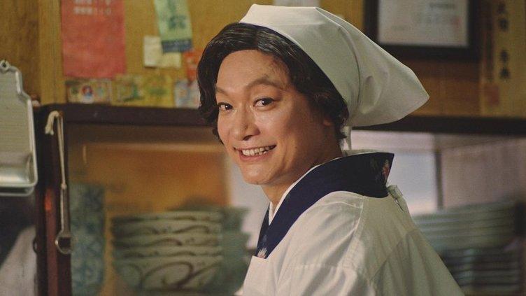 香取慎吾がCMで19年ぶりに母役 社会人になったみんなに「おっつー!」