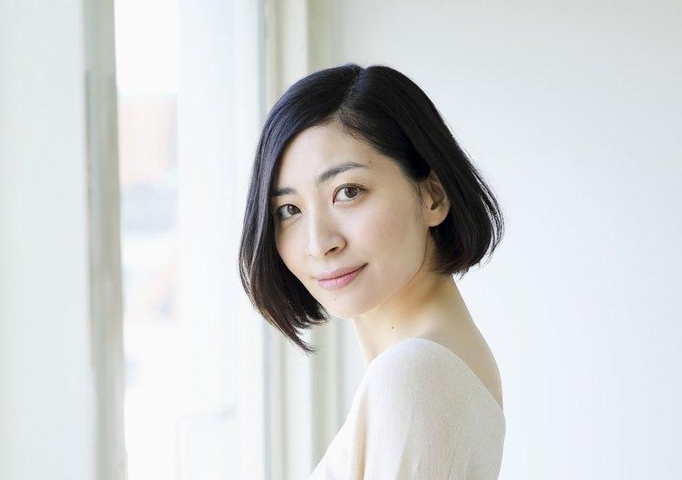 声優の坂本真綾、KinKi Kidsに作詞提供 41枚目シングル「光の気配」
