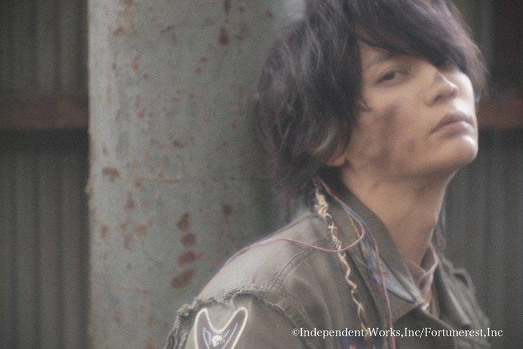 浅沼晋太郎の初写真集『POPCORN』 完成度が高すぎて尊さ極まれり……