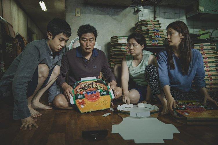 韓国映画『パラサイト』が偉業 ゴールデングローブ賞「外国語映画賞」受賞