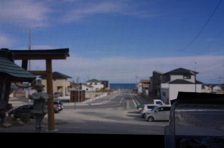 カオス*ラウンジ展覧会、五反田で開催 東日本大震災を記憶する「3月の壁」