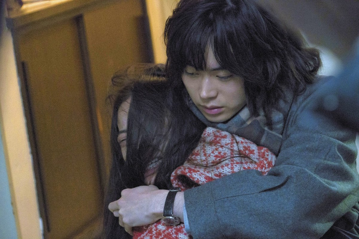 """安室奈美恵やAKB48""""恋チュン""""のMVも担当! 映画『生きてるだけで、愛。』で注目の関根光才監督って何者?"""