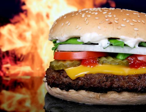 「マクドナルドがお気に入りのレストラン」――カニエ・ウェストのつぶやきに何かを察したバーガーキング公式が凸ってしまう