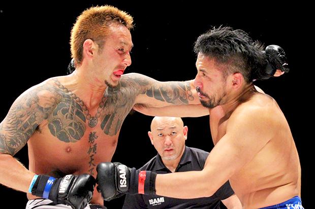 不良格闘技「THE OUTSIDER」潜入 拳で夢を叶えた黒石高大の鮮烈な幕引き
