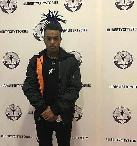 XXXTentacion射殺 20歳でスターダムにのし上がったラッパーの死を世界が悼む