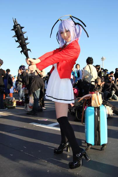『撲殺天使ドクロちゃん』から、倉坂くるるさんによるドクロちゃん コミケC85コスプレ写真2