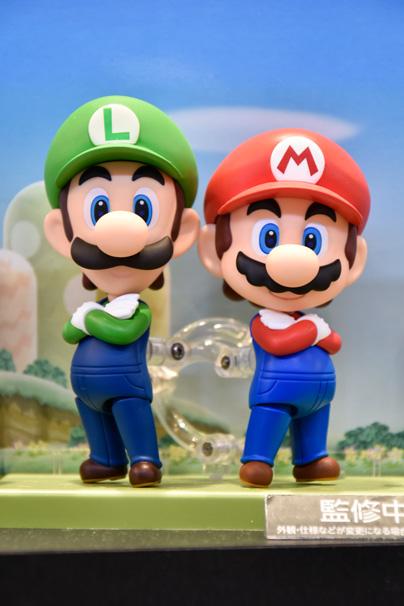 左:「ルイージ」|右:「マリオ」