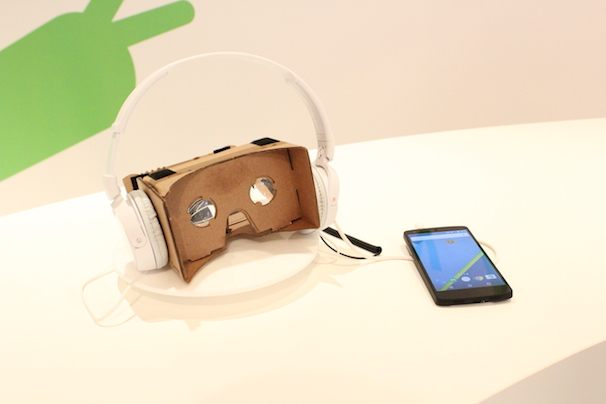 「Google Cardboard」1