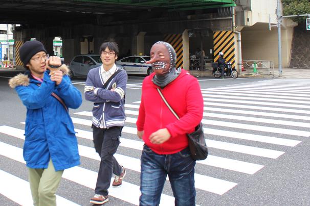 左:JASTのjetだよ(撮影係)、中央:応援に駆けつけた(○д○透)のニコ生視聴者、右:(○д○透)