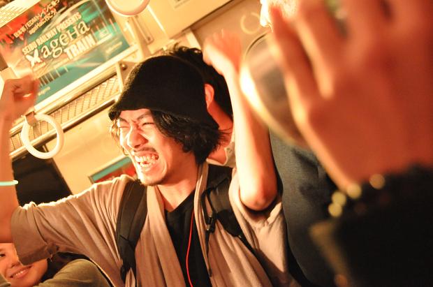 日本初のEDMトレインに乗って歴史の証人になってもうた… なんやこのパーティー!?