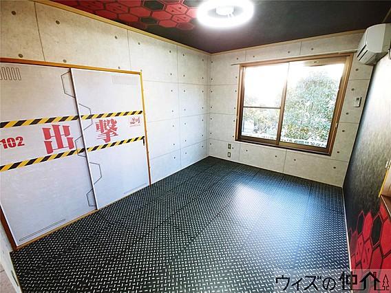 「ハイツソファレA」の102室