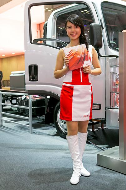 「東京モーターショー2015」美人コンパニオン画像まとめ13