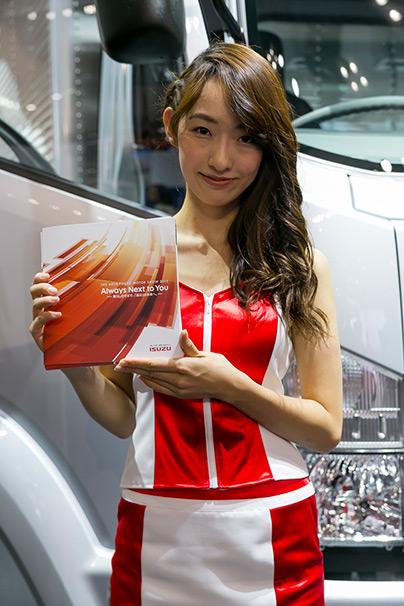 「東京モーターショー2015」美人コンパニオン画像まとめ14