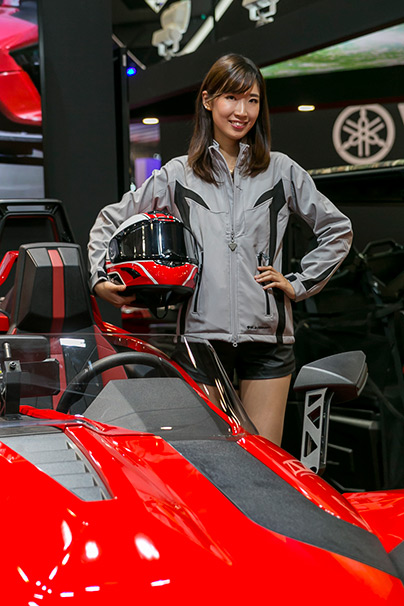 「東京モーターショー2015」美人コンパニオン画像まとめ24