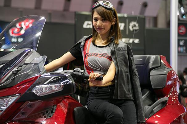 「東京モーターショー2015」美人コンパニオン画像まとめ28