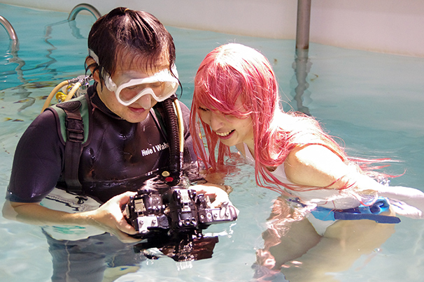 「水中ニーソ」まさじさん3