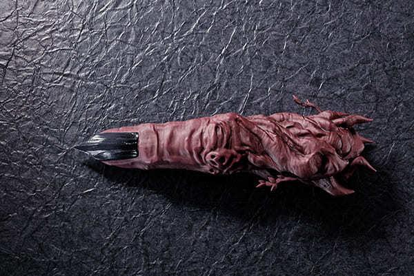 両面宿儺の「指」が1/1スケールでフィギュア化 『呪術廻戦』最凶の王が顕現