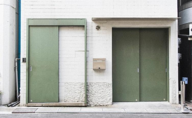 「芸術の日常性」掲げる新ギャラリー プレビュー展に気鋭作家12名