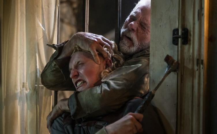 ヤバすぎ盲目老人の戦慄再び 『ドント・ブリーズ2』13日の金曜日に公開