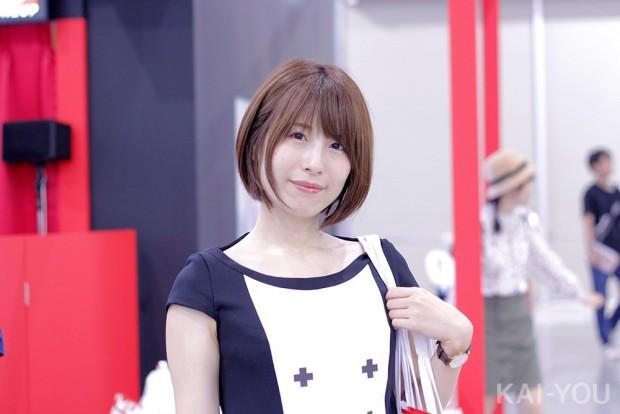 「コミックマーケット96」美人コスプレコンパニオン写真18