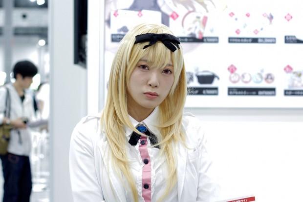 「コミックマーケット96」美人コスプレコンパニオン写真16