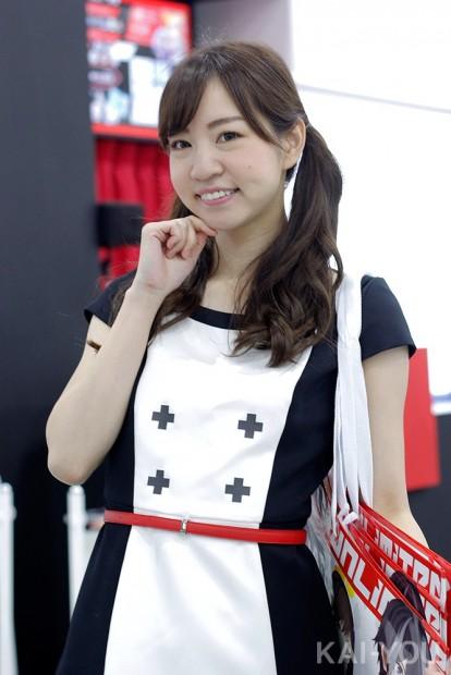 「コミックマーケット96」美人コスプレコンパニオン写真21