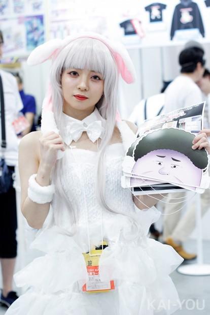 「コミックマーケット96」美人コスプレコンパニオン写真1