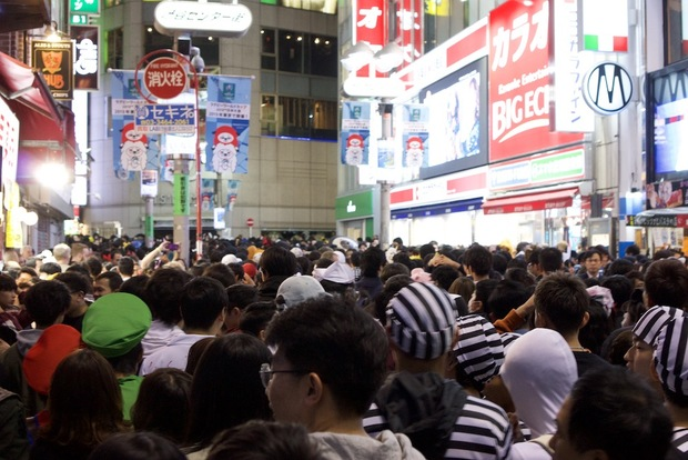 多くの人が集まった渋谷ハロウィン2018