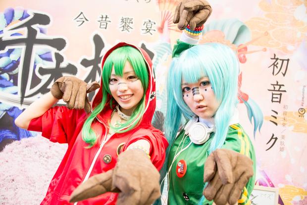 「ニコニコ超会議2016」コスプレ画像まとめ_aiz(二人組)/グミ,初音ミク(曲:マトリョシカ)3