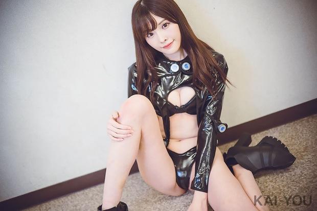 橋本ありな/『GANTZ』スーツ6