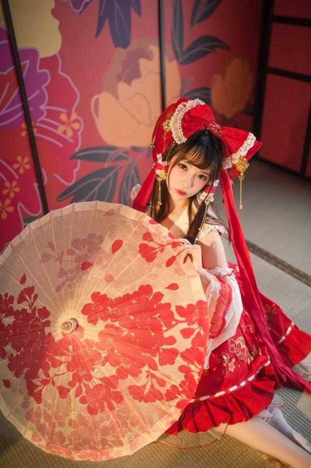 Eroko千葉さん/『東方Project』博麗霊夢2