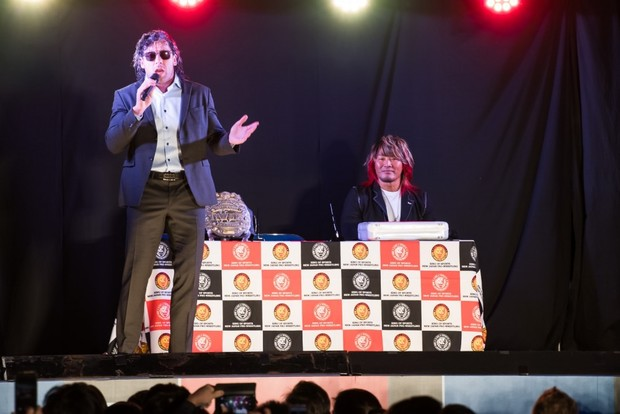 新日本プロレスによる公開調印式_ケニー選手