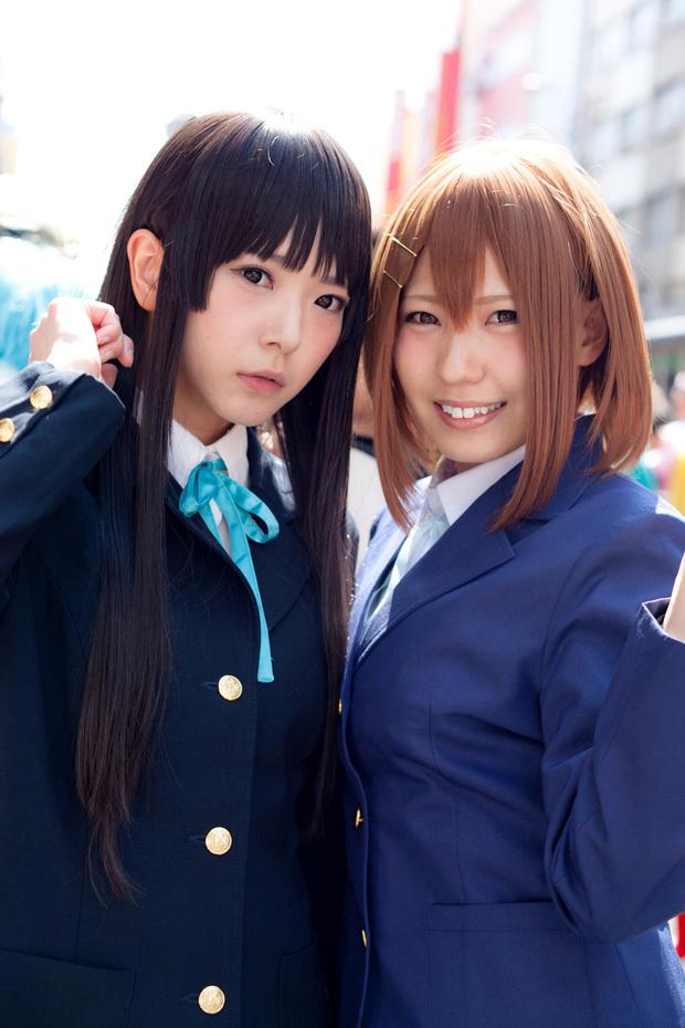 雪瀬ハルさん、黒子ききさん(『けいおん!』秋山澪、平沢唯)2