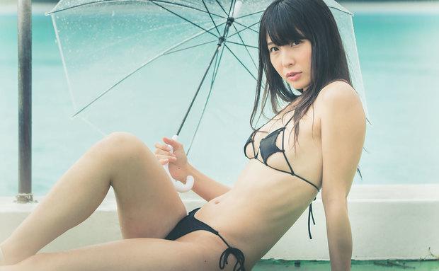 川崎あやさんの水着グラビア写真9