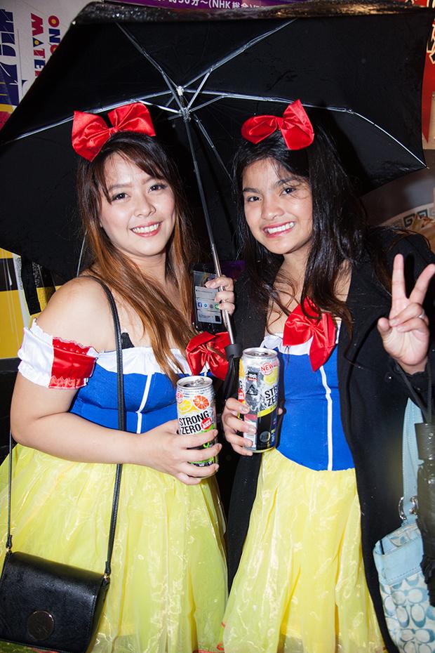 フィリピン人女性2人組