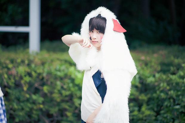 小春ユリさんの『もののけ姫』サン コスプレ3