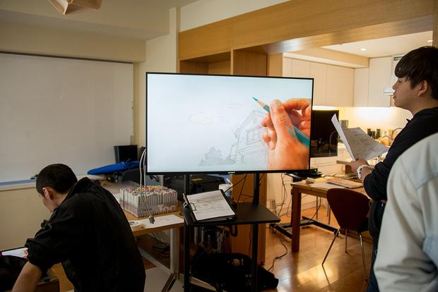 窪之内英策 × 駅すぱあと 手描きアニメ『サヨとコウの出発』イラスト制作&撮影風景6