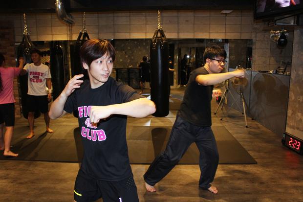 シャドーボクシング 3