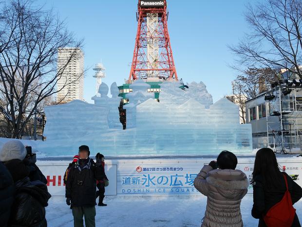 さっぽろ雪まつり_氷像_北海道新幹線